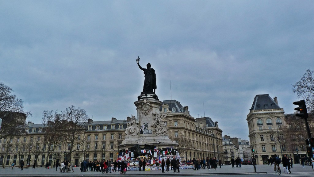 09-Paris-République