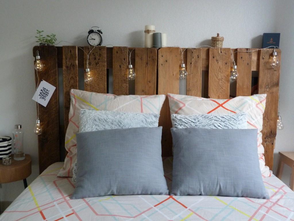 Tête de lit palettes (1)