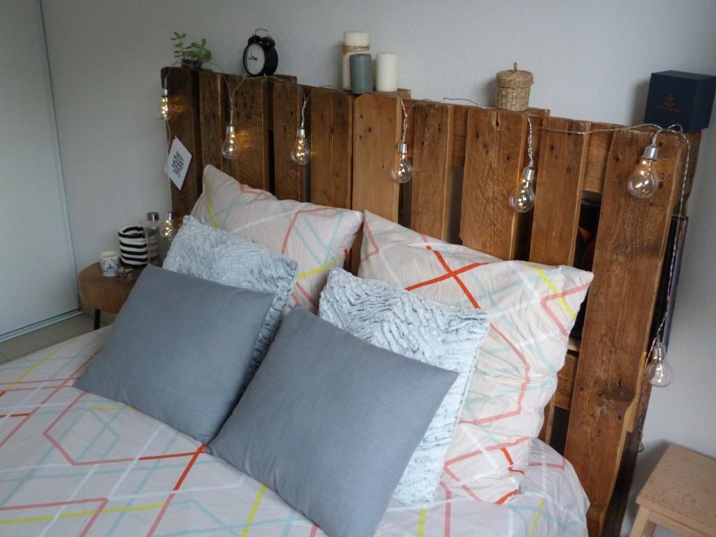 Tête de lit palettes (2)